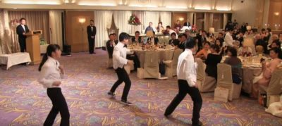 フラッシュモブダンス