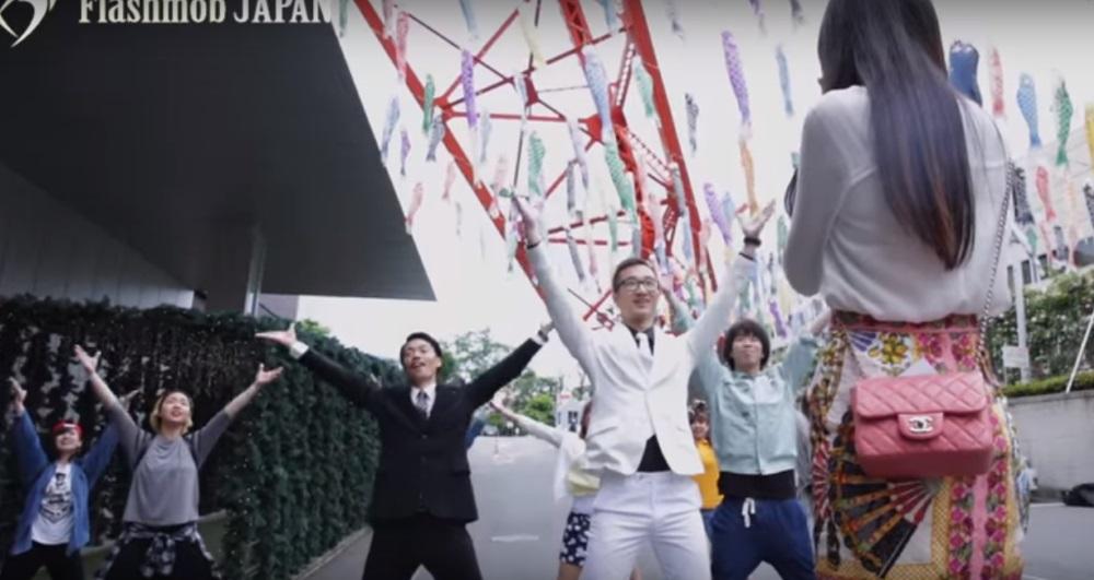 東京タワーでフラッシュモブプロポーズ